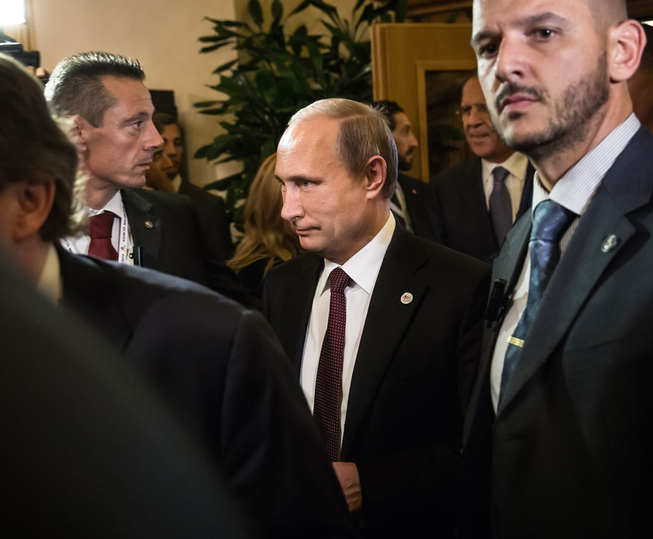 shutterstock_224336068_Putin