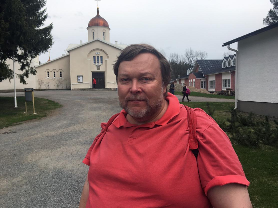 Toimittaja, kirjailija Markus Leikola muistutti, ettei meillä länsimaalaisilla ihmisillä ole jaettavaksi yhteistä käsitystä siitä, mikä on hyvää. Sen sijaan pahuuden ja kuolemansyntien olemuksesta olemme huomattavasti yksimielisempiä.