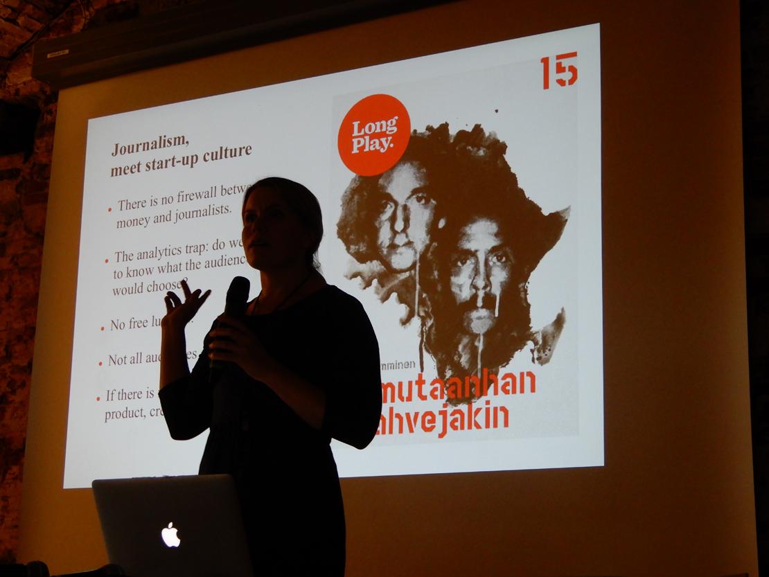 Toimittaja Hanna Nikkanen on nähnyt, miten startup-yritysten toimintatavat hiipivät journalismin puolelle. Hän kuuluu hitaan journalismin edelläkävijän, LongPlay-alustan, kehittäjiin.