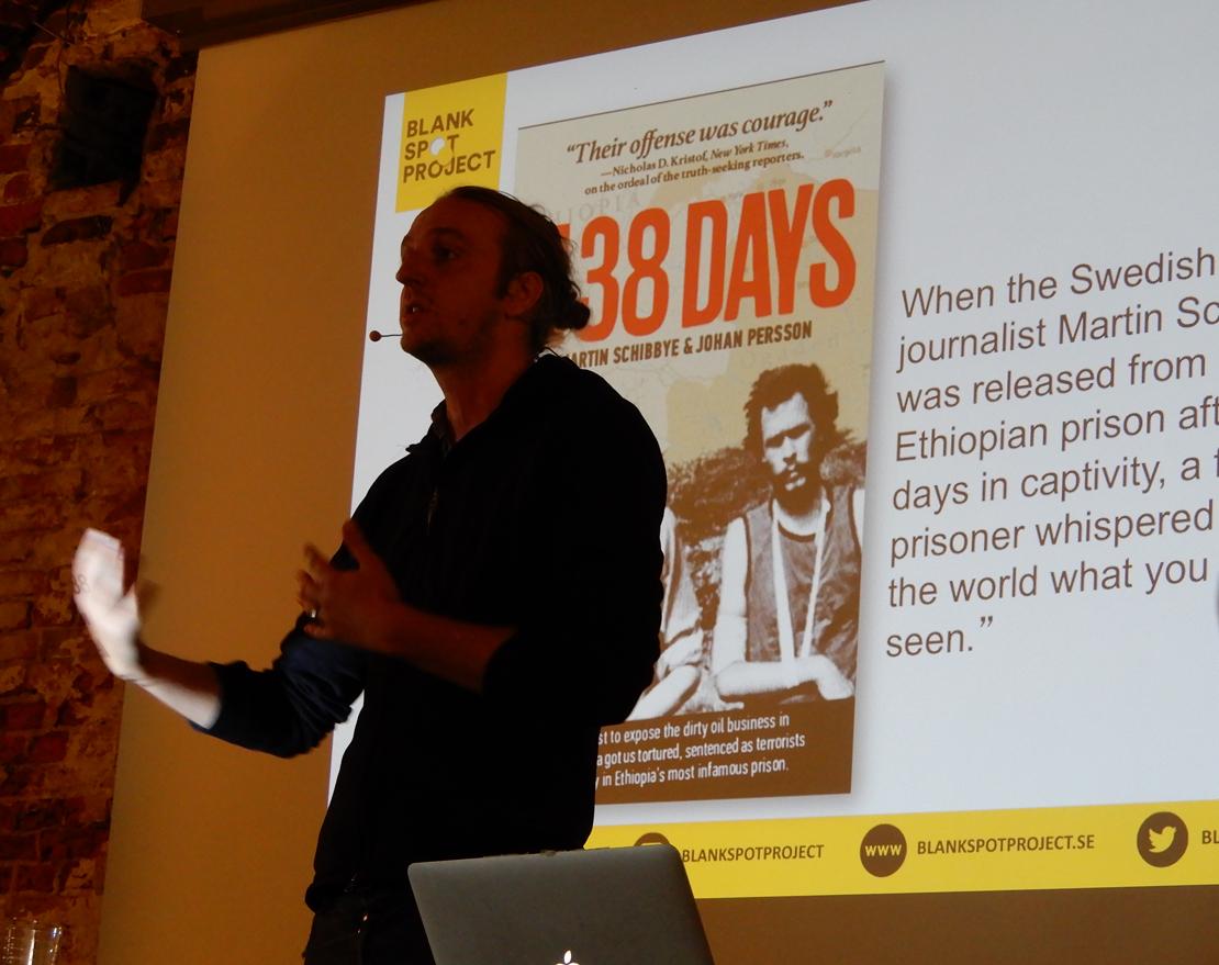Kun tutkiva toimittaja Martin Schibbye lähti kehittämään joukkorahoituksella toimivaa verkkomediaa, hänen työajastaan nappasi puolet yrityksen pyörittäminen.